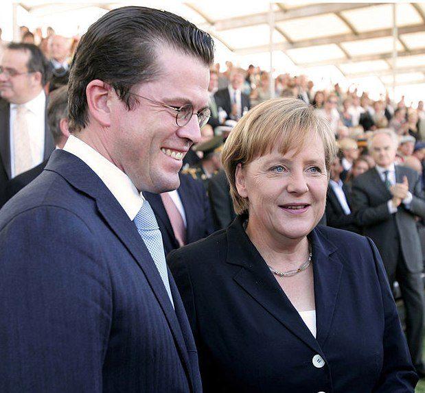Angela Merkel mit zu Guttenberg