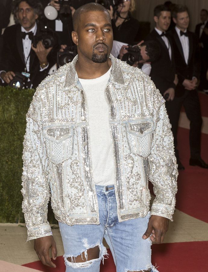 Kanye West Vermogen Einkommen Des Us Rappers 2020