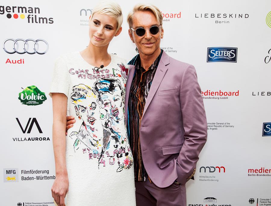 mehr Fotos Exklusive Angebote suche nach authentisch Wolfgang Joop: Das Vermögen des Modedesigners 2019