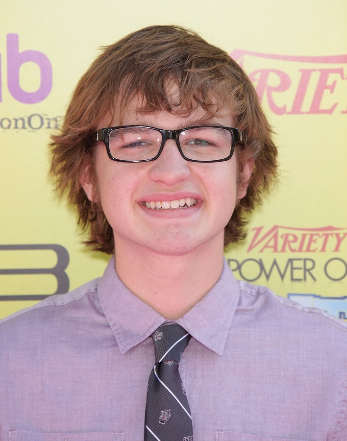 Angus T. Jones Vermögen - angus-t-jones-vermoegen
