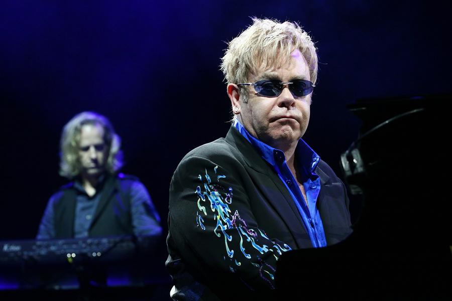 Elton Gehalt