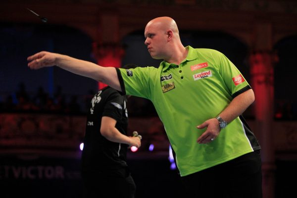 michael van gerwen verm gen preisgeld des darts champs 2019. Black Bedroom Furniture Sets. Home Design Ideas