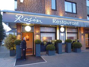 Das Einkommen von Rosin mit seinem Restaurant