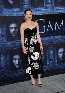 Gage von Emilia Clarke
