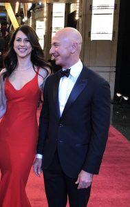 Vermögen von MacKenzie & Jeff Bezos