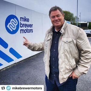 Einkommen von Mike Brewer